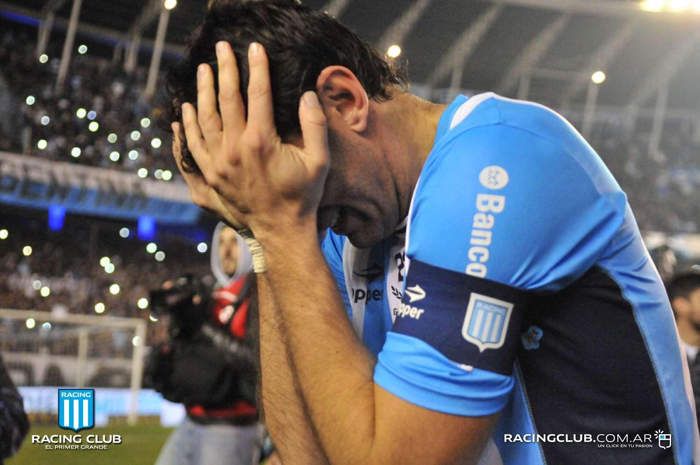 Слезы и конфетти. Диего Милито провел последний матч в карьере - изображение 6
